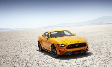 2020 Ford Mustang GT_front_right